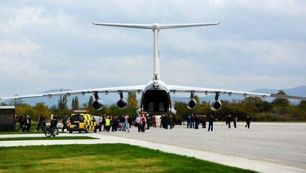 Авион Ињушину Руско-српском хуманитарном центру у Нишу - Sputnik Србија