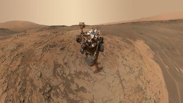 Самопортрет НАСА-иног ровера Кјуриозити на Марсу - Sputnik Србија
