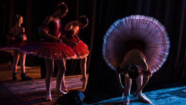 Иза сцене: Будуће звезде руског балета - Sputnik Србија
