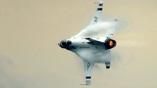 Ловац Ф-16 - Sputnik Србија