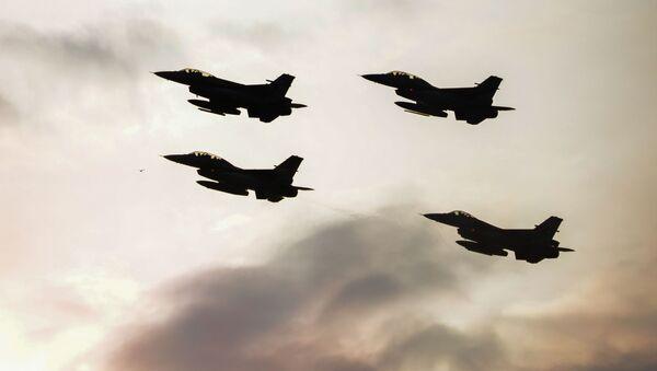 Lovci F-16 - Sputnik Srbija