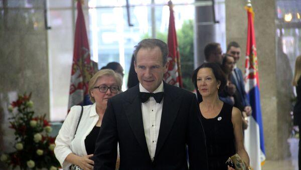 Britanski glumac, reditelj i producent Rejf Fajns na inauguraciji predsednika Srbije Aleksandra Vučića. - Sputnik Srbija