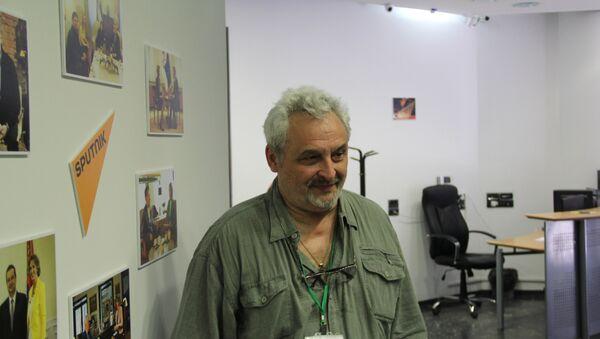 Руски редитељ Јуриј Александров, уметнички директор Опере Санкт Петербурга - Sputnik Србија