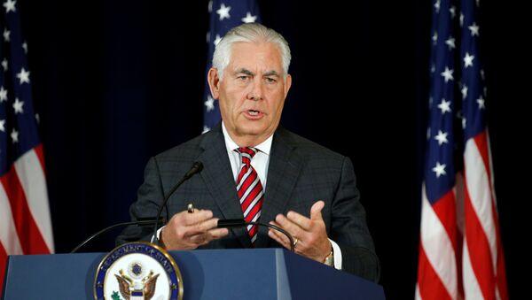 Амерички државни секретар Рекс Тилерсон говори на конференцији за медије у Стејт департменту - Sputnik Србија