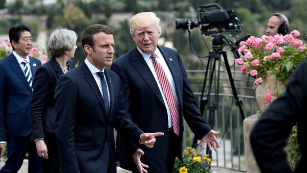 Predsednici Francuske i SAD Emanuel Makron i Donald Tramp na samitu G7 na Siciliji - Sputnik Srbija