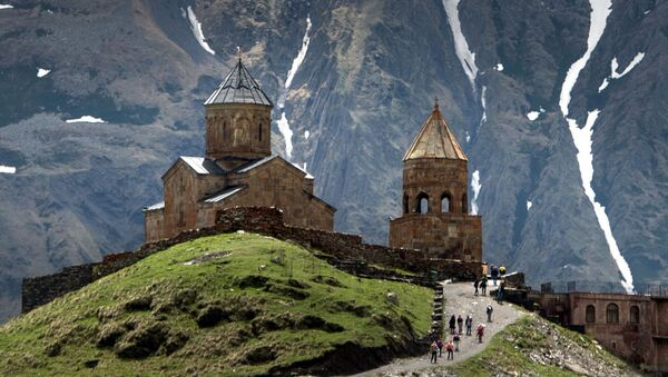 Crkva sv. Trojice u Gergeti u Gruziji - Sputnik Srbija