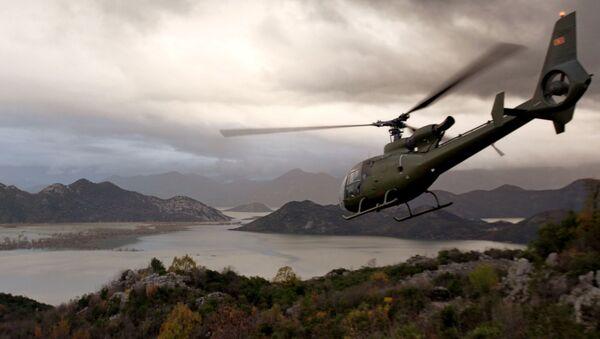 Хеликоптер Црне Горе изнад Скадарског језера - Sputnik Србија