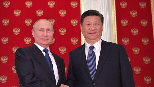 Председници Русије и Кине Владимир Путин и Си Ђинпинг - Sputnik Србија