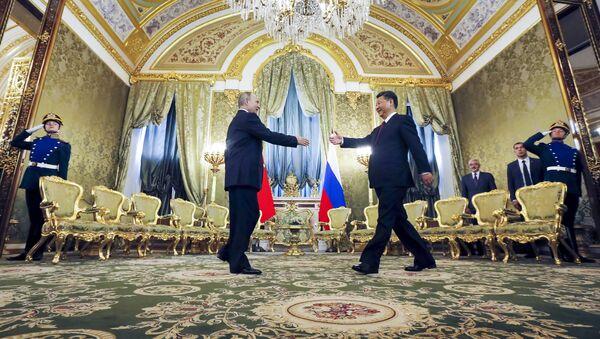 Председници Русије и Кине, Владимир Путин и Си Ђингпинг током састанка у Москви - Sputnik Србија