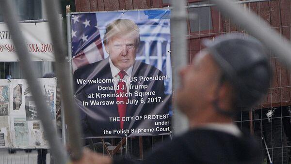 Плакати са Трамповим портретом у Пољској - Sputnik Србија