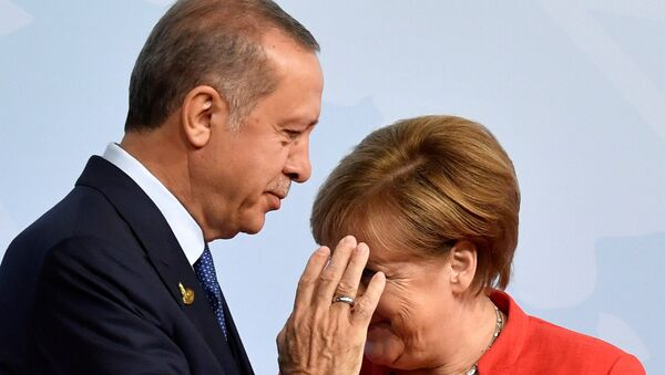 Nemačka kancelarka Angela Merkel i predsednik Turske Redžep Tajip Erdogan na otvaranju samita G20 u Hamburgu - Sputnik Srbija