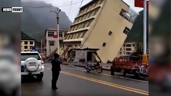 Poplava nosi zgradu na Tibetu - Sputnik Srbija
