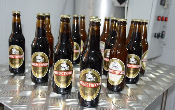 """Манастир Бањска отварање пиваре """"Манастирско бањско пиво - Sputnik Србија"""