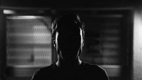 Čovek u senci - Sputnik Srbija