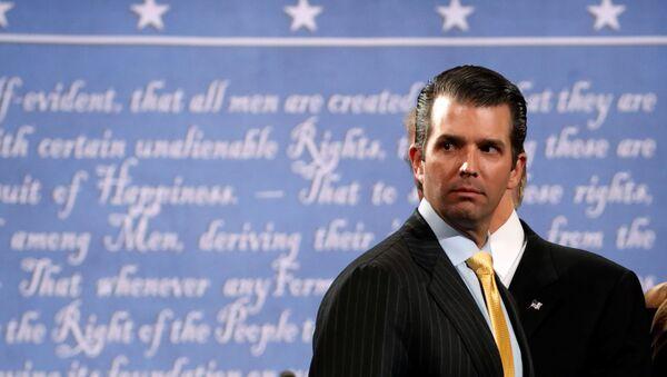 Donald Tramp Mlađi tokom predizborne kampanje njegovog oca u Njujorku - Sputnik Srbija