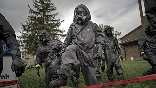 Vojnici hemijsko-biološke jedinice Oružanih snaga SAD - Sputnik Srbija