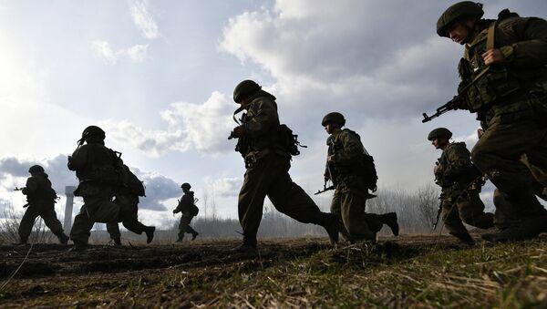 Припадници руске војске током специјалне операције у оквиру руско-белоруских војних вежби - Sputnik Србија