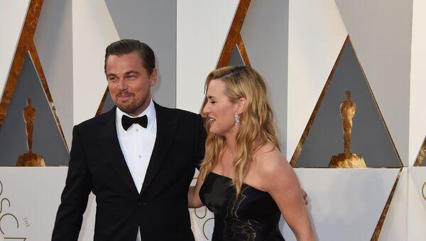 Глумци Леонардо Дикаприо и Кејт Винслет долазе на доделу 88. Оскара - Sputnik Србија