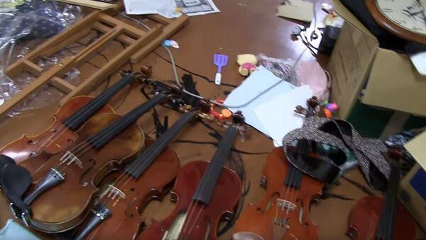Уништене виолине - Sputnik Србија