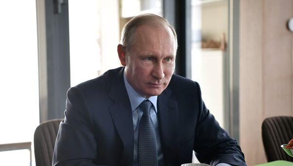 Председник Русије Владимир Путин током посете Бурјатији - Sputnik Србија
