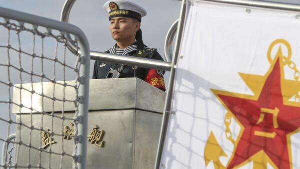 Кинески морнар на фрегати - Sputnik Србија