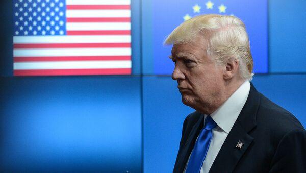 Амерички председник Доналд Трамп састао се са лидерима ЕУ у Бриселу - Sputnik Србија