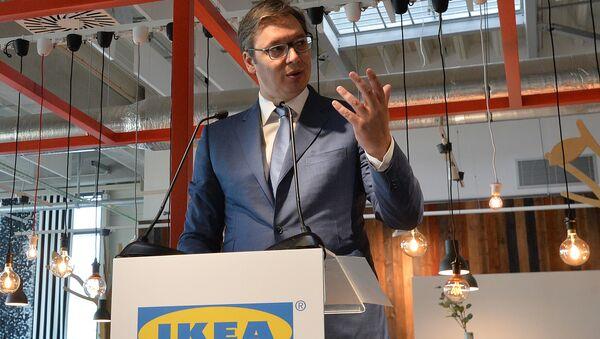 Aleksandar Vučić na otvaranju robne kuće Ikea u Beogradu. - Sputnik Srbija