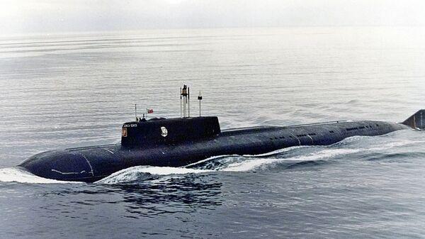 Једна од највећих и најсавременијих руских подморница, Курск, која је експлодирала и потонула током војних вежби у августу 2000. - Sputnik Србија