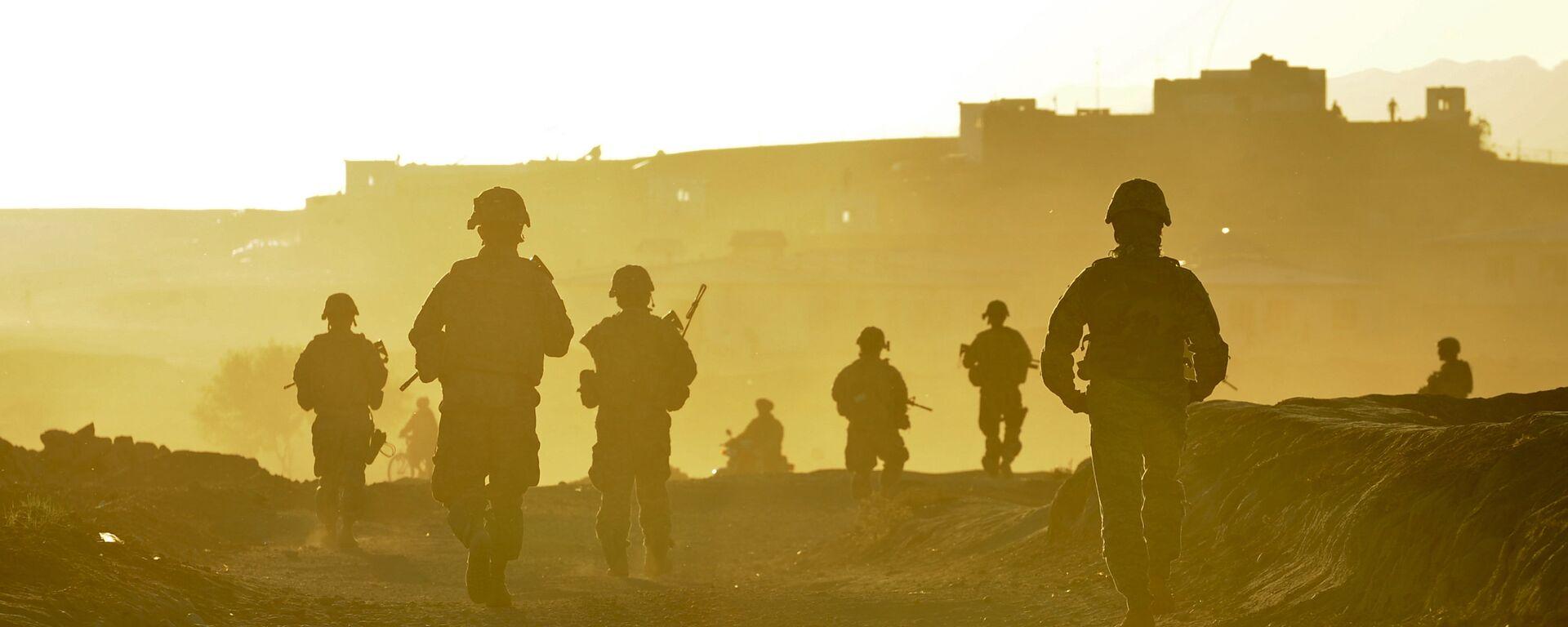 Vojnici tima Zabul vraćaju se u bazu nakon patrole u avganistanskom gradu Kalat - Sputnik Srbija, 1920, 08.09.2021