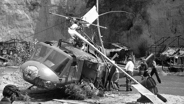 Хеликоптер који је убио Виктора Мороуа на снимању филма. - Sputnik Србија