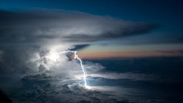 Oluja na nebu - Sputnik Srbija