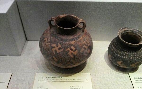 Drevna vaza izložena u muzeju provincije Gansu, u Landžou - Sputnik Srbija
