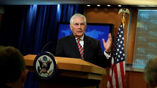 Američki državni sekretar Reks Tilerson govori na konferenciji za medije u Vašingtonu - Sputnik Srbija