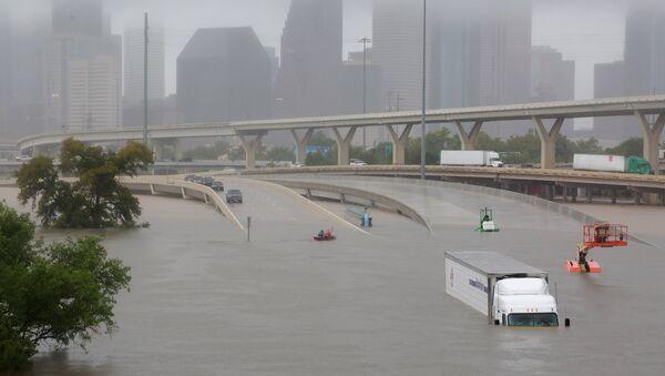 Поплава у Хјустону коју је изазвао ураган Харви - Sputnik Србија