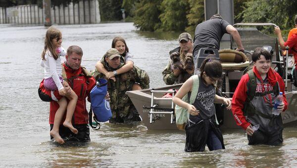 Poplava u Hjustonu koju je izazvao uragan Harvi - Sputnik Srbija
