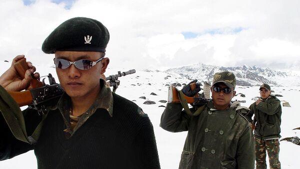 Индијски војници на Хималајима уз кинеску границу - Sputnik Србија