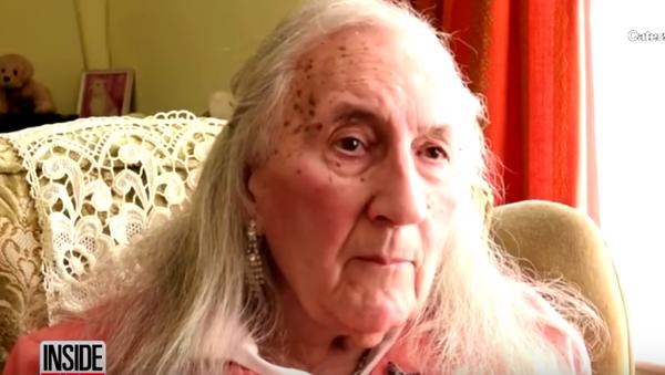 Veteran postao baka - Sputnik Srbija