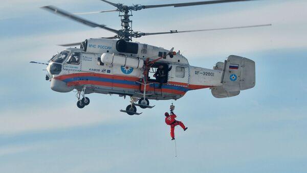 Хеликоптер Ка-32 Министарства за ванредне ситуације Русије. - Sputnik Србија
