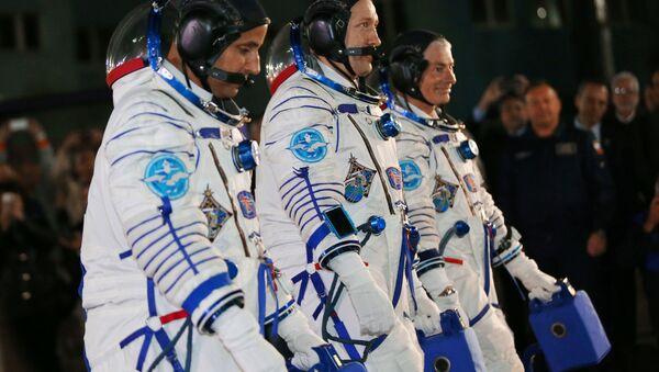 Trojica astronauta krenula iz Bajkonura ka Međunarodnoj svemirskoj stanici - Sputnik Srbija