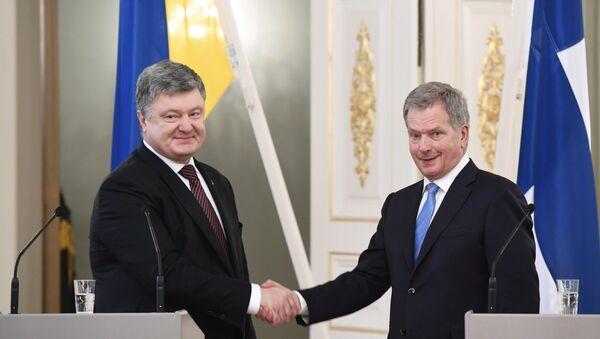 Председници Украјине и Финске Петро Порошенко и Саули Нинисте - Sputnik Србија