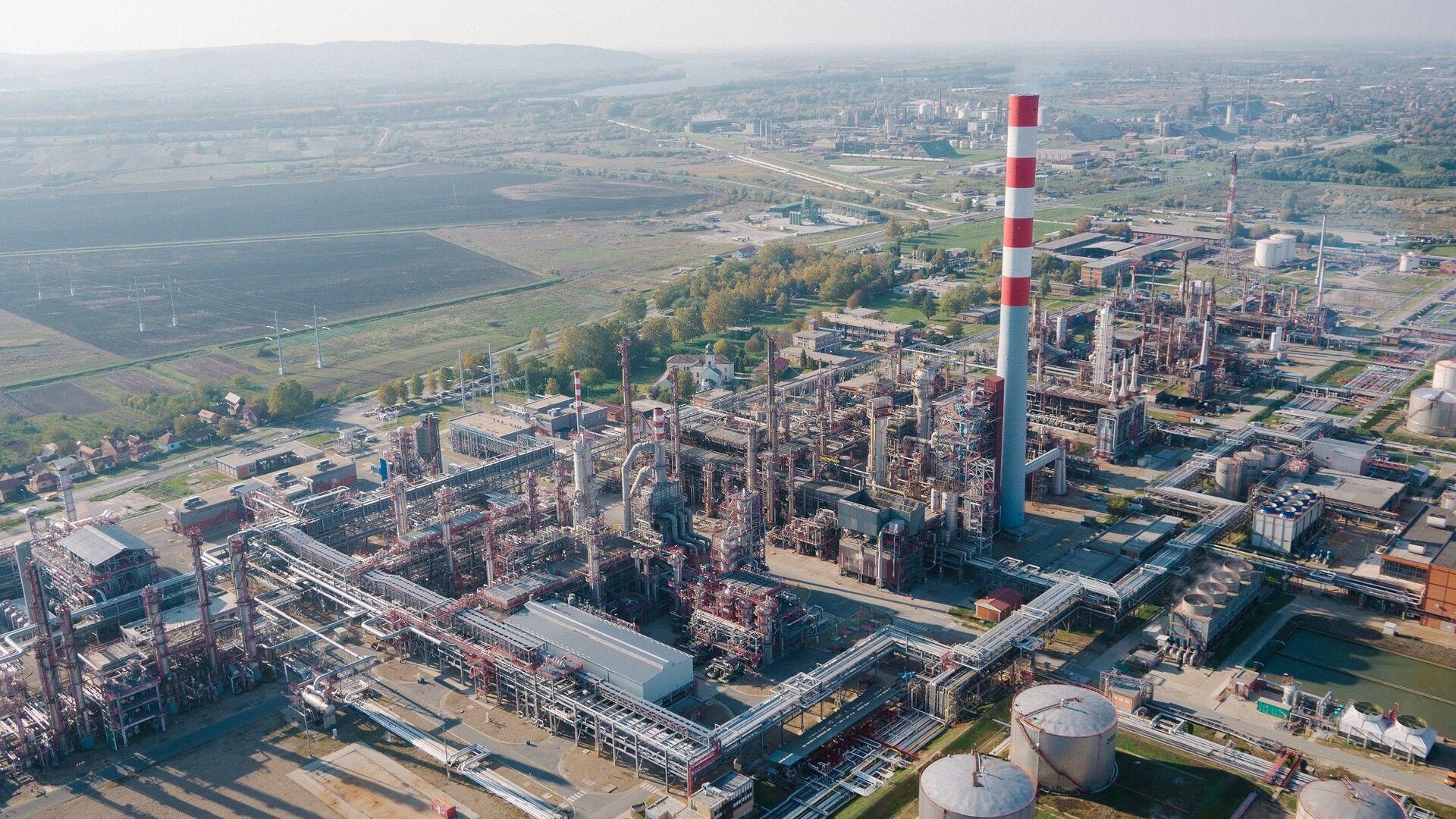 Rafinerija nafte u Pančevu - Sputnik Srbija, 1920, 13.10.2021