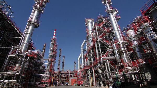 Rafinerija nafte u Pančevu - Sputnik Srbija