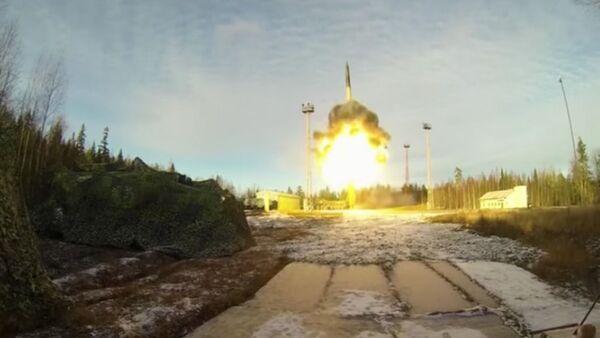 Raketa Topolj - Sputnik Srbija