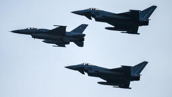Авиони Ф-16 - Sputnik Србија