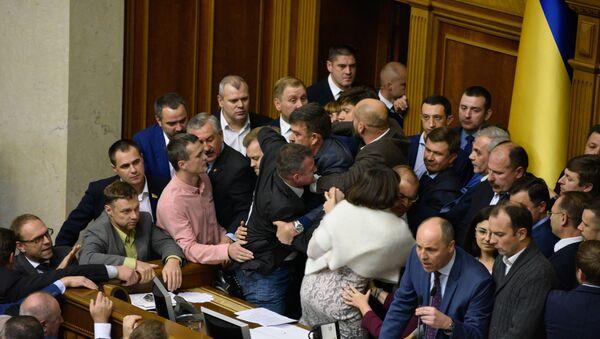 Посланици на седници Врховне раде Украјине - Sputnik Србија