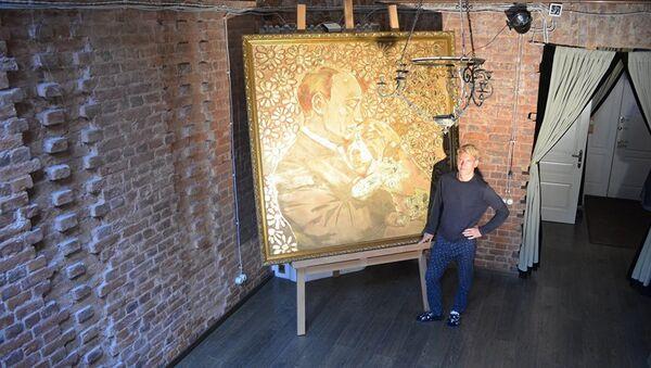 Златни Путин, слика петербуршког уметника Алексеја Сергејенка - Sputnik Србија