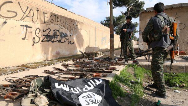 Заплењено оружје терориста у Сирији - Sputnik Србија