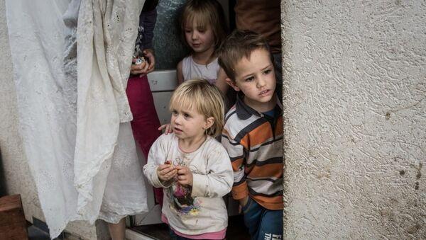 Српска деца на Косову - Sputnik Србија