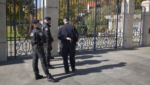 Полиција испред куће Тодорића у Загребу - Sputnik Србија