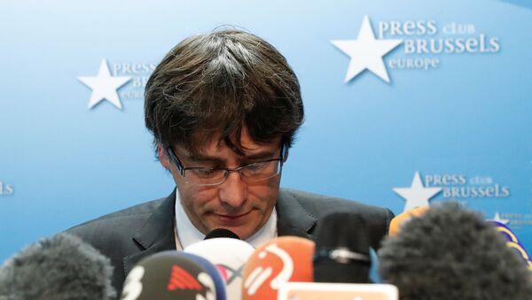 Smenjeni katalonski lider Karles Pudždemon na konferenciji za medije u Briselu - Sputnik Srbija